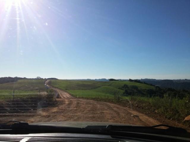 Access road to Linha Betania